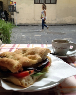 Panino and espresso on the go